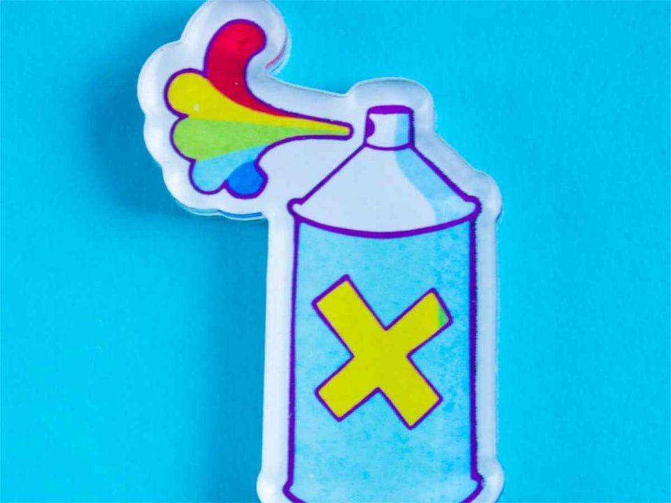 Брошь с яркой печатью «Балон с краской» от MARKOV design в анимированном стиле