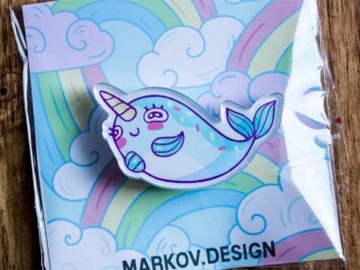 Брошка с яркой печатью «Кит единорог» от MARKOV design в анимированном стиле