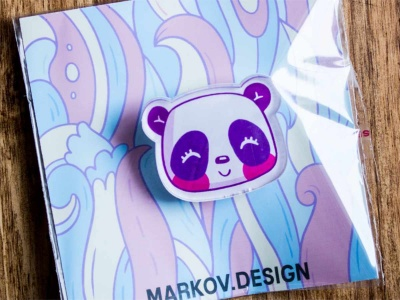 Брошь с яркой печатью «Панда» от MARKOV design в анимированном стиле