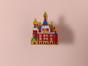 Металлический значок с изображением «храм Спас на крови»