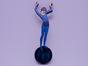 Брошь из дерева ручная покраска «Девочка на шаре» от Билла Трейлора хэнд мэйд