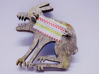 Значок из дерева ручная покраска «Дракон» от Билла Трейлора hand made