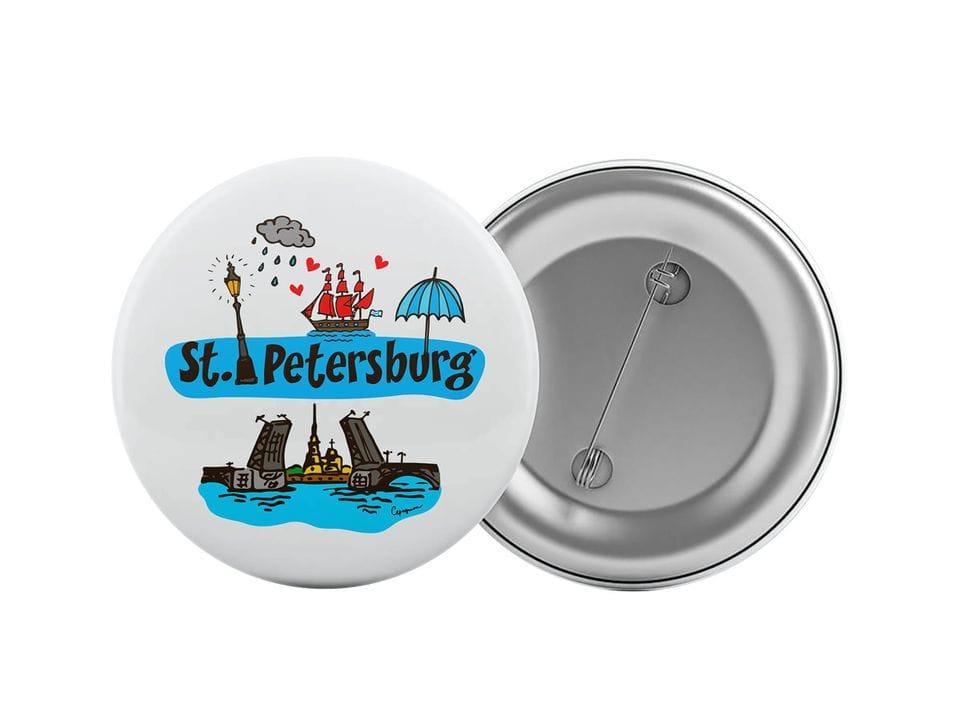 Круглый значок из металла с надписью «Saint Petersburg»