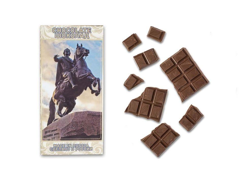 Шоколад молочный «Медный всадник» фото