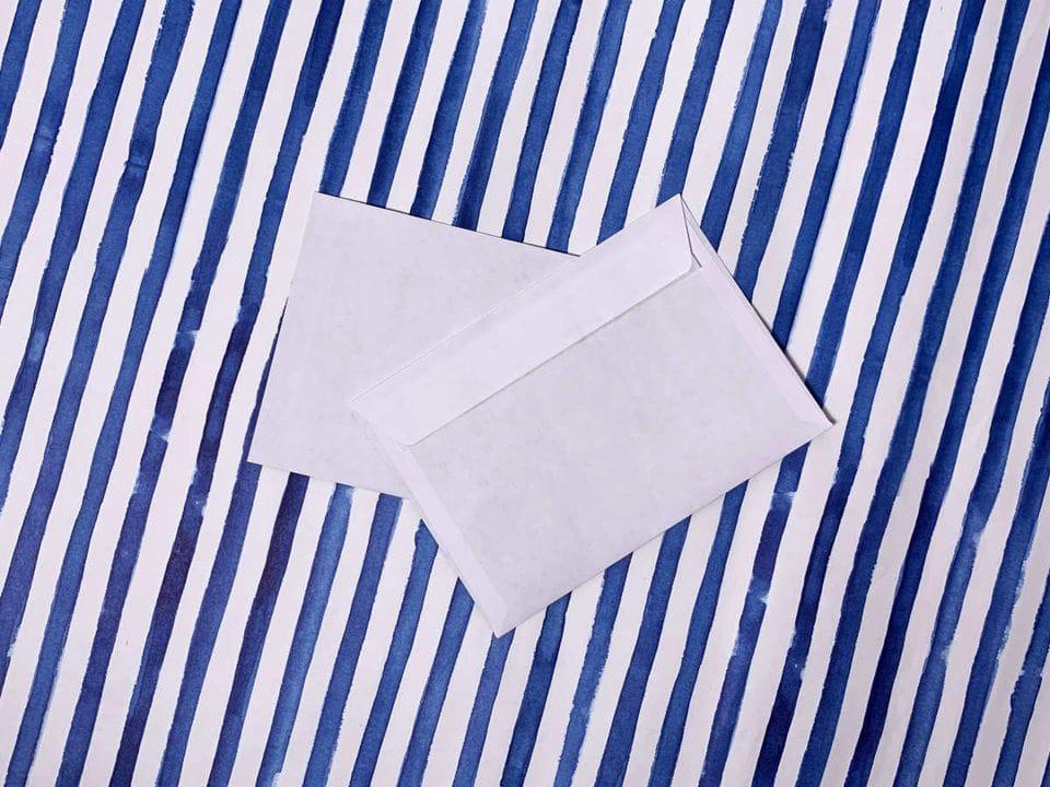 Конверт почтовый А6 белый с прямым клапаном и клеевым слоем