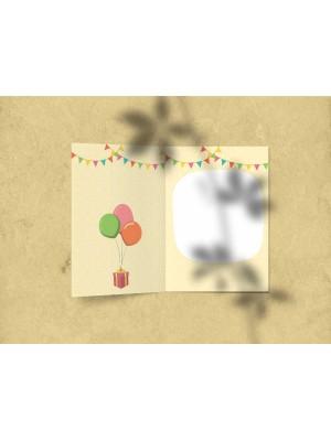 Открытка поздравительная - «С днем рождения» с иллюстрацией животных