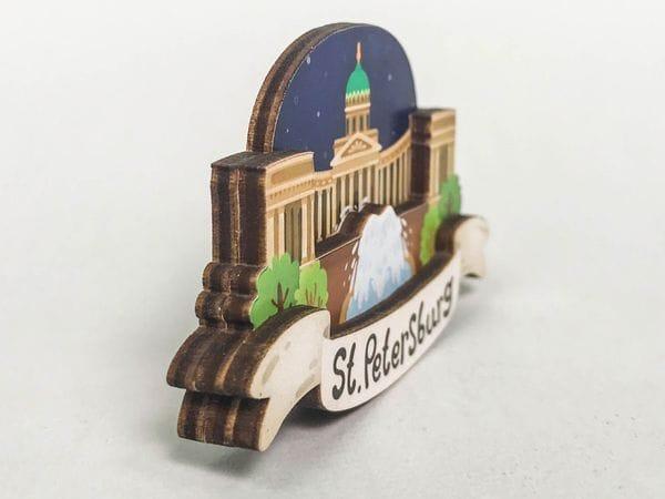 Магнит на холодильник 3D из дерева «Казанский собор». Санкт-Петербург