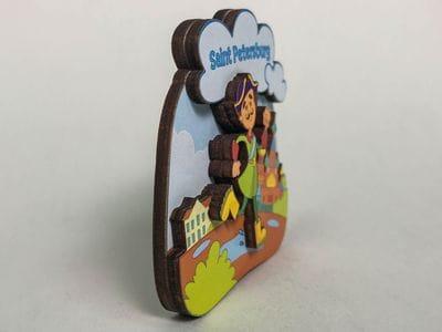 Магнит на холодильник 3D из дерева «Петр I. Бежит по лужам»