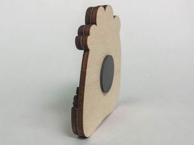 Сувенирный магнит на холодильник из дерева с 3D эффектом «Петр I. Бежит по лужам»