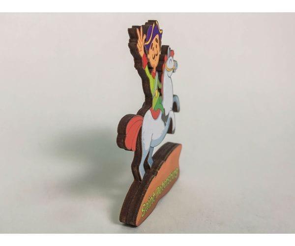 Сувенирный магнит на холодильник из дерева с 3D эффектом «Петр I. На коне»