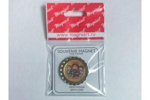 Пробка магнит сувенирная «Матрешки» желтый фон