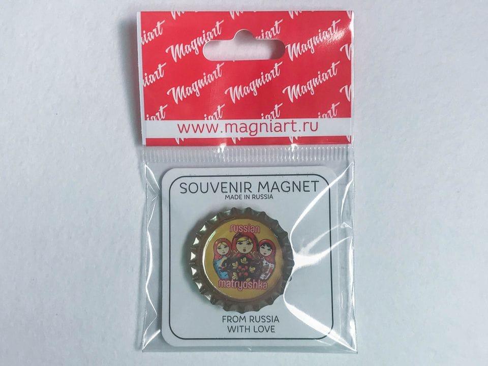 Магнит на холодильник Пробка с магнитом «Матрешки» желтый фон