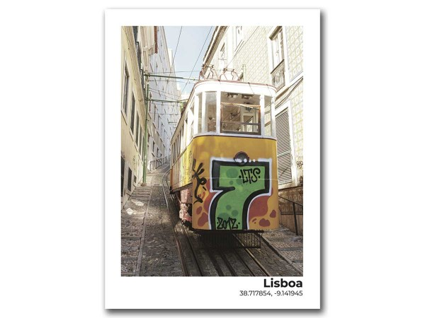 Открытка Лиссабон. Трамвай граффити
