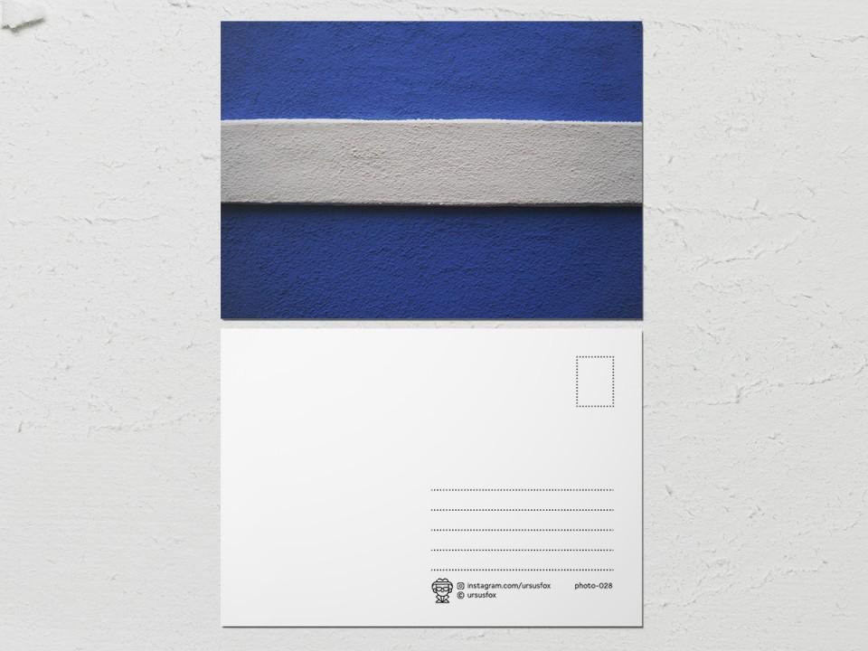 Авторская фото открытка «Краски на стенах», сине-белая