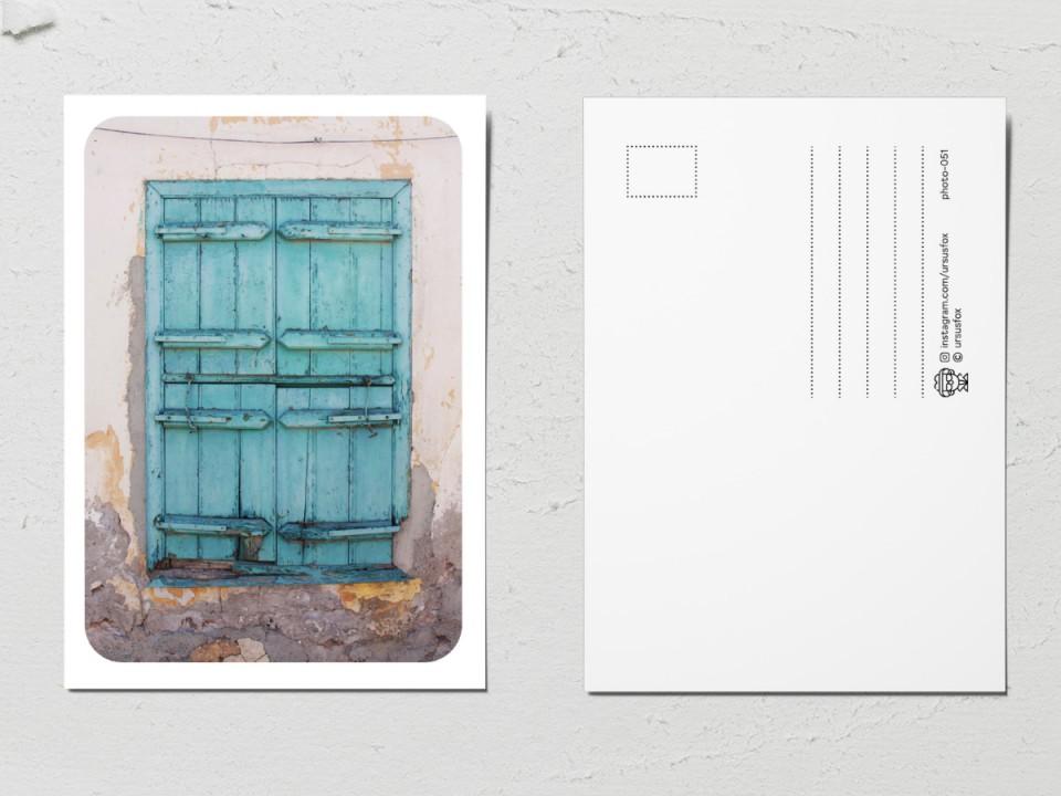Авторская фото открытка «Двери мира», бирюзовая дверь