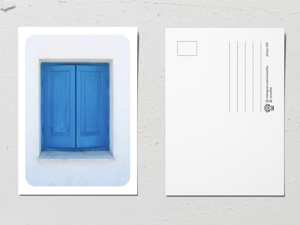 Авторская фото открытка «Двери мира»,  голубые ставни
