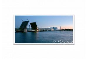 Почтовая открытка фото «Дворцовый мост» на рассвете
