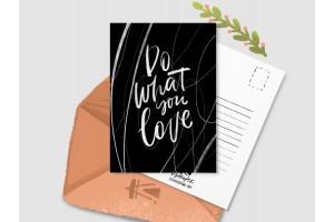 Почтовая открытка «Do what you love» черная