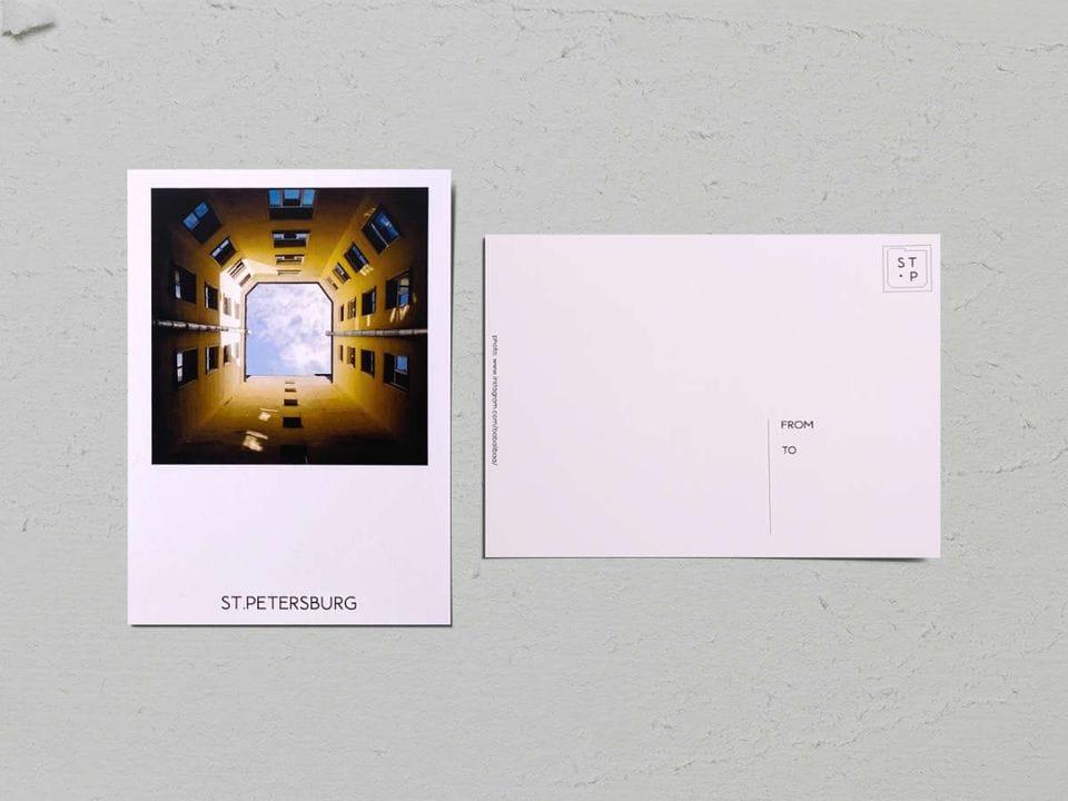 Авторская фото открытка «Двор-колодец на Васильевском острове» - фотограф Валерия Кузнецова