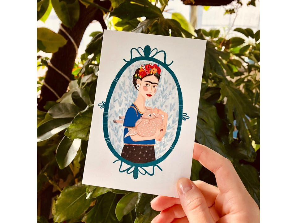 Почтовая открытка «Фрида с олененком» из коллекции Лены Пирус