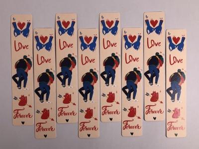 Книжная закладка «Love»